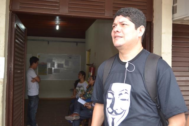 """César Facundes, um dos 300 demitidos: """"NInguém avisou nada""""."""