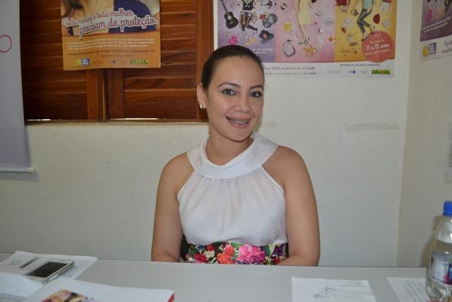 """Rafaela Silva, chefe de Imunização: """"Nos respeitamos a decisão dos pais. Eles são os responsáveis pelas meninas"""""""