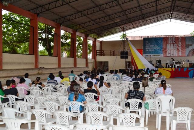 Palestra na quadra da Escola Barroso Tostes, em Santana