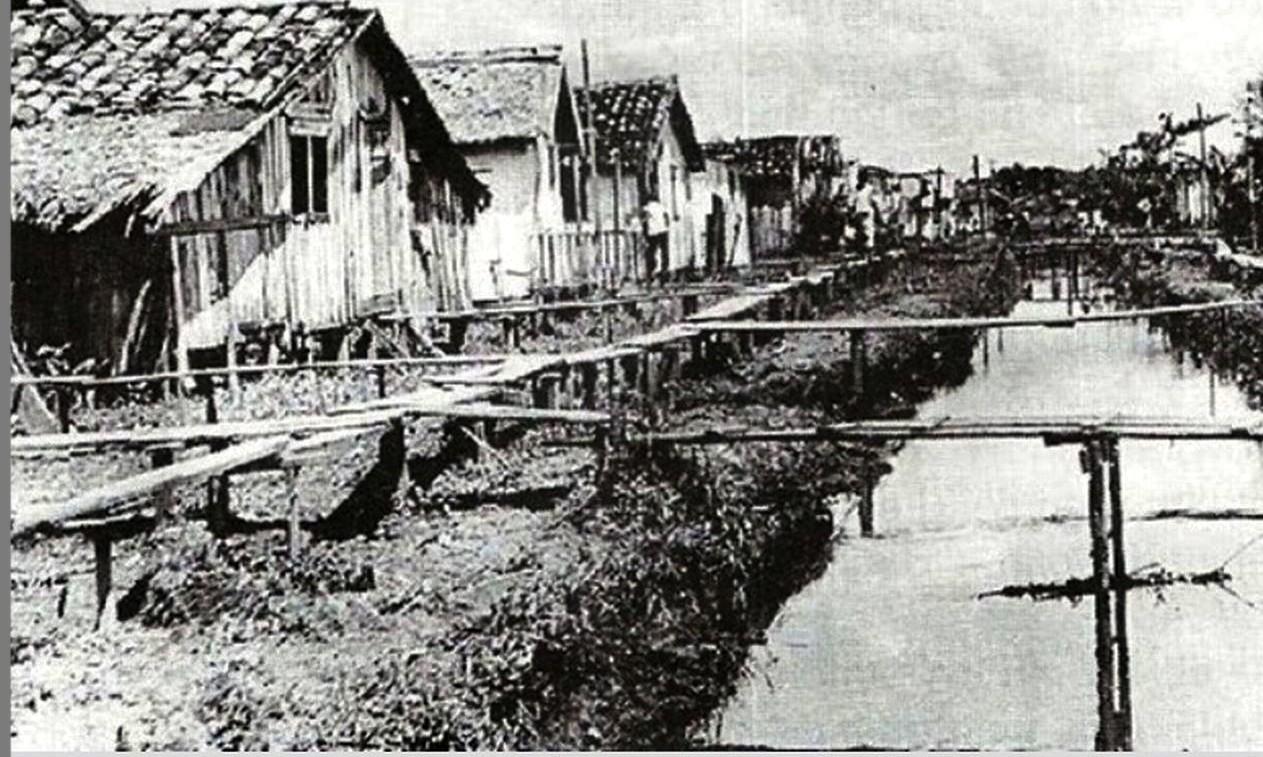 Em 1950, Canal da Avenida Mendonça Júnior já tinha a função de impedir que a frente da cidade alagasse com a maré alta. Ainda não havia muro de arrimo. Foto: Blog Porta Retrato