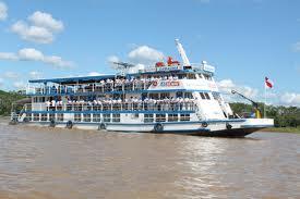 Senai abre 600 vagas para cursos de qualificação no barco Samaúma