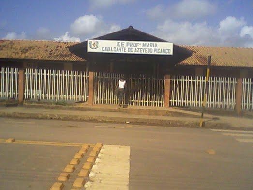 Escola onde a agressão aconteceu