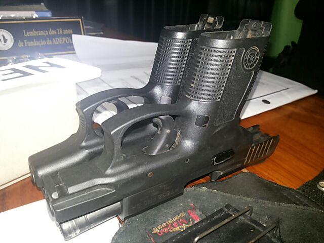 Armas de uso restrito da polícia também estão sendo usadas por bandidos