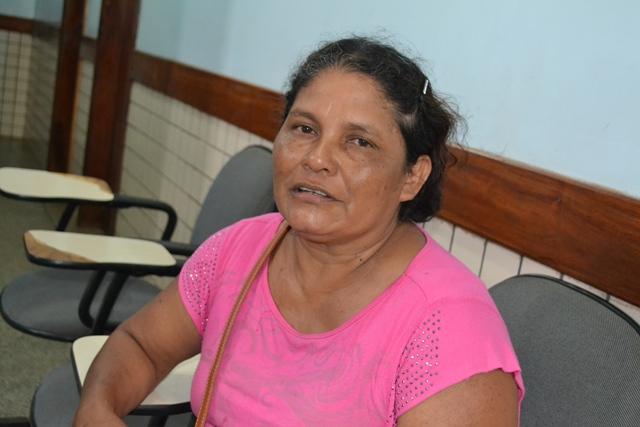 """Pescadora de camarão Sebastiana Fortunato: """"Bateram no meu marido"""""""