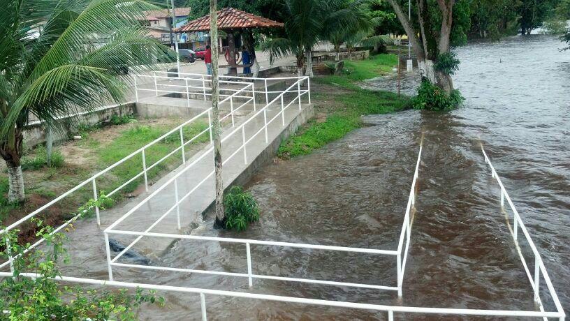 Ferreira Gomes: Araguari já chega quase no calçadão da orla da cidade
