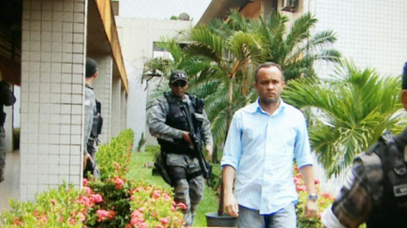 Sócio da LMS, Admar Barbosa, conduzido por policiais militar no último dia 15