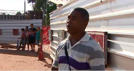 Manoel do Nascimento teve que deixar o carro para seguir de ônibus