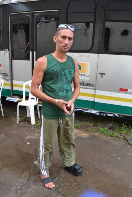 Rômulo deixou o leito e foi ao ônibus do MP