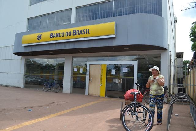 Neucimar Barbosa, assim como outros clientes, tiveram que ir para Macapá