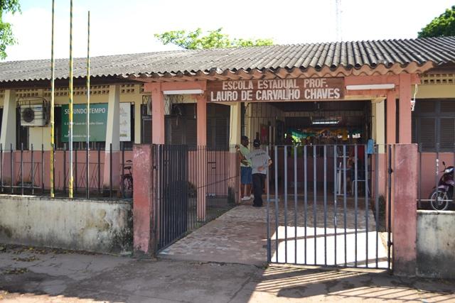 Escola Lauro Chaves: aulas só em agosto