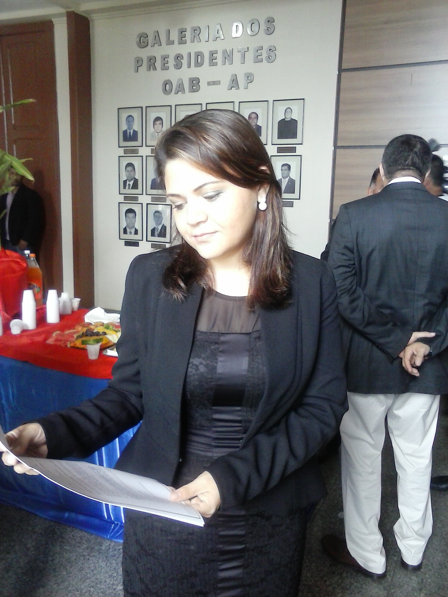 """Roane Góes, pres. da Comissão de Saúde da OAB: """"sem remédios e médicos"""""""