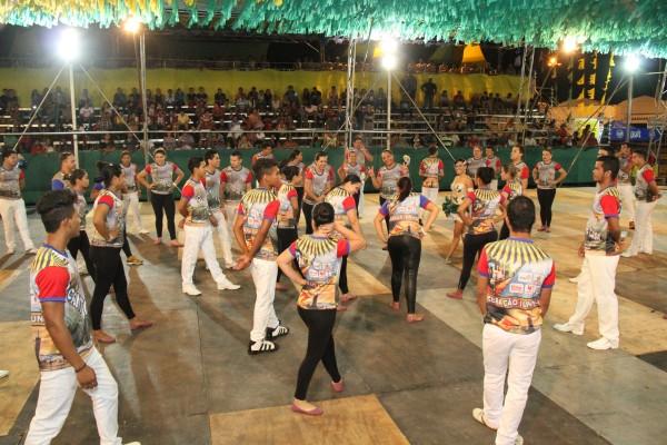 A festa começou apesar do embargo do Iphan