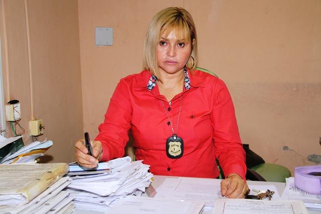 Sósia de delegada da Polícia Civil aplica golpes em Macapá e Santana