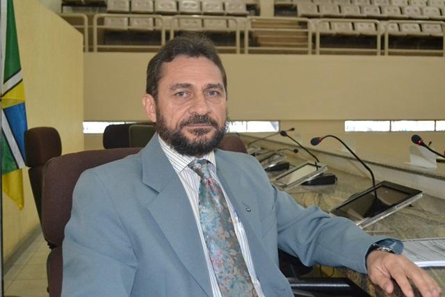 Deputado Keka Cantuária, relator da LDO