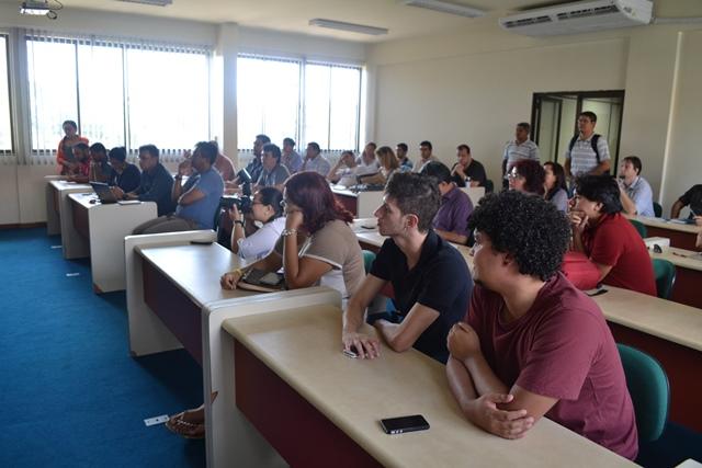Representantes dos estudantes e professores debateram o avanço da Unifap