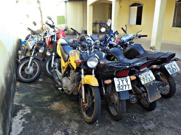 Motos roubadas em Macapá são apreendidas em Laranjal do Jarí