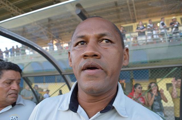 Técnico Minga diz que o Santos tem tudo para se classificar