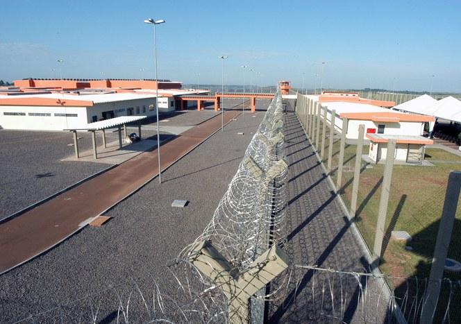 Há apenas 4 penitenciárias de segurança máxima no Brasil: modelo americano