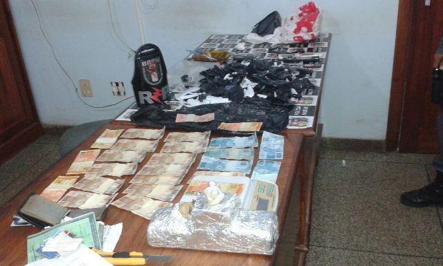 Polícia prende traficantes no Conjunto Mucajá