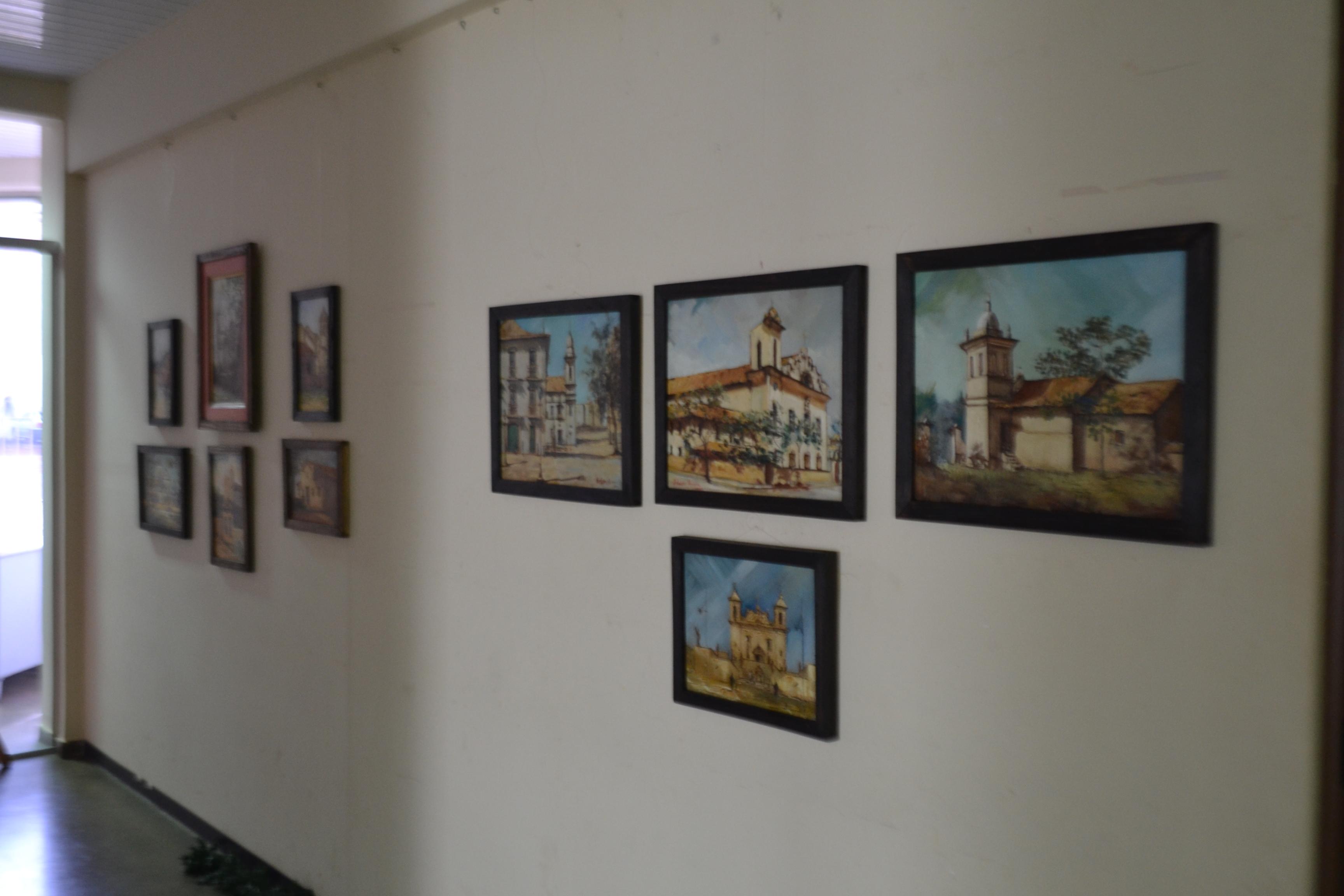 A exposição fica na Biblioteca Elcy Larcerda até o fim do mês