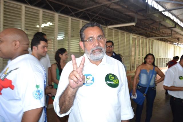 Gilvam Borges na campanha de 2014