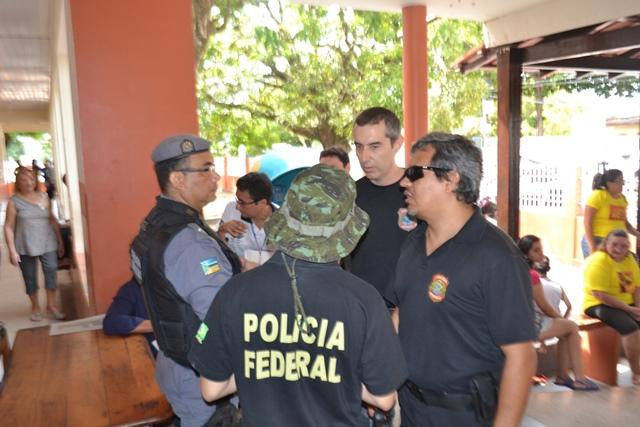 Segurança foi feita por 1,3 mil policiais militares, 300 policiais civis e 50 policiais federais