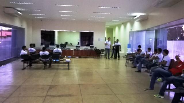Cartório Eleitoral de Santana com movimento tranquilo neste domingo