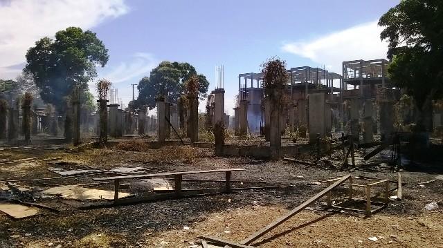 Terreno na Vila dos Oliveira ficou sob as cinzas