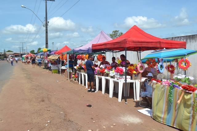 O trabalho do empreendedores foi organizado pela Prefeitura