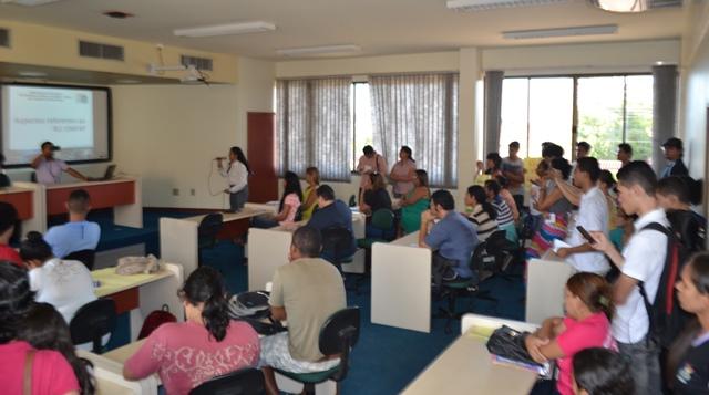 Com R.U. fechado, estudantes aceitam auxílio da Unifap