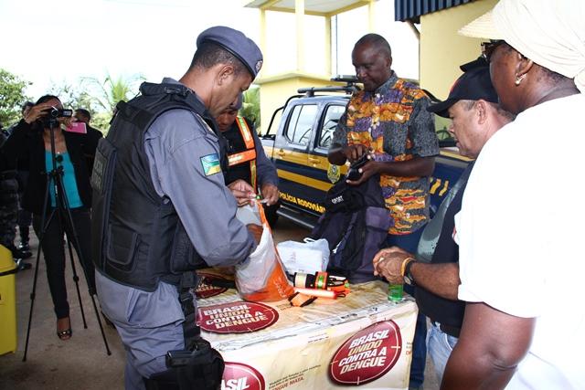 Sete estrangeiros presos em operação no AP