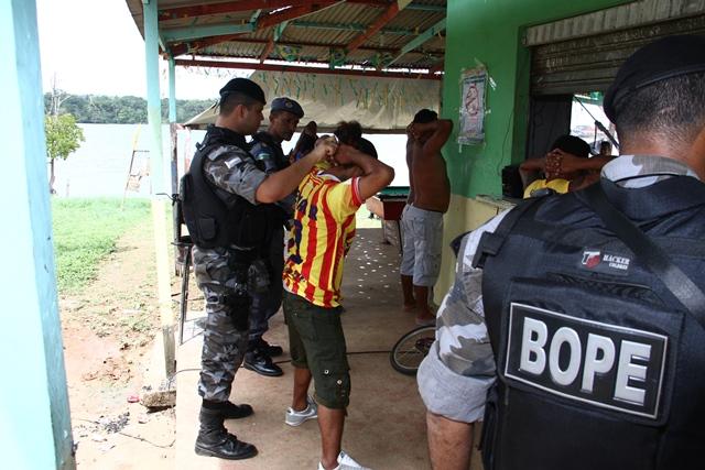 Durante a operação vários mandados de prisão foram cumpridos