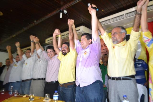 Randolfe apoia Camilo ao governo do Amapá
