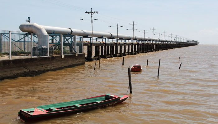 Tratamento da água captada no Rio Amazonas custa mais de R$ 1 milhão por mês