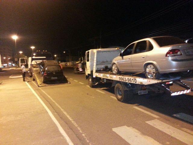 Na primeira noite sete veículos foram apreendidos