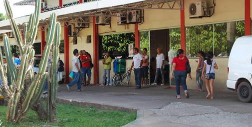 Marinéia é muito visto na frente do Hospital de Emergência
