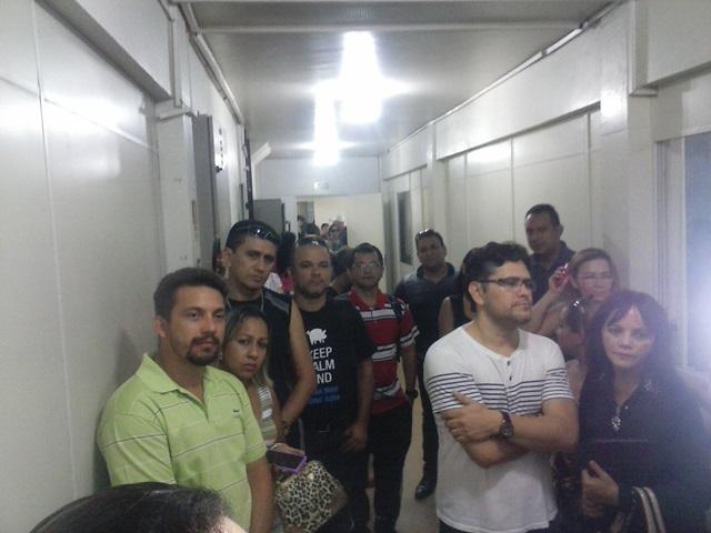 Professores tomaram os corredores da Secretaria de Educação