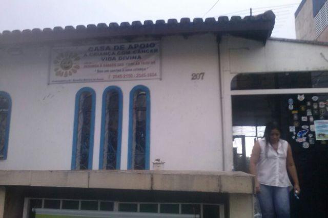 Casa de apoio mantida por doações