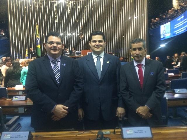 Senador Davi Alcolumbre com os suplentes Josiel (à esquerda) e Marquinho