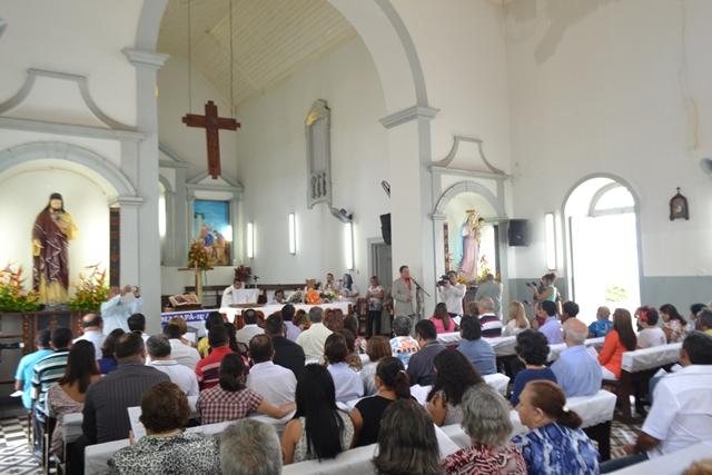 A missa foi celebrada com símbolos antigos de Macapá