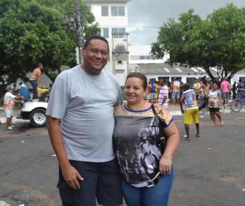 Evandro Milhomem e esposa: expandir a cultura na própria comunidade