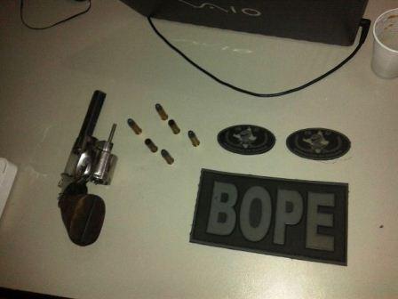 Arma que estava em poder de Pica-Pau. Foto: Bope