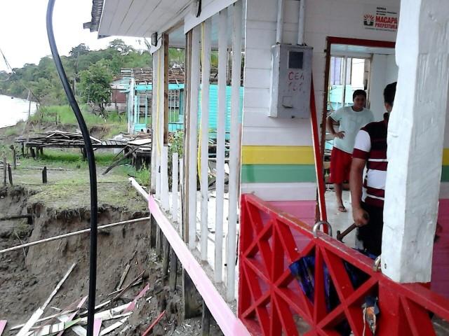 O posto de saúde do arquipélago foi atingido pela erosão