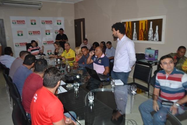 Reunião definiu que um fórum será realizado para discutir as necessidades do trânsito da capital. Fotos: Cássia Lima