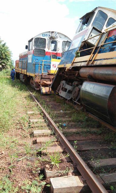 Foto feita por trabalhadores para denunciar o sucateamento da ferrovia
