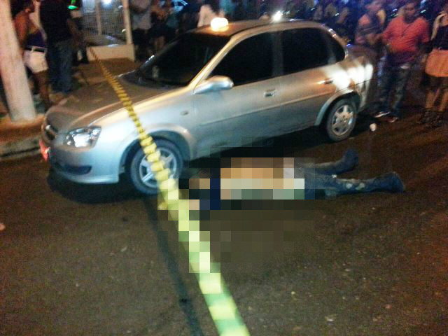 Walmir Arrelia estava ao lado do seu táxi quando foi atropelado