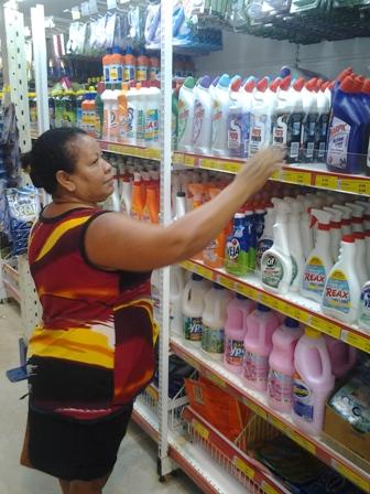 """Maria Amélia: """"nos mercadinhos de bairro a gente compra pouquinho"""""""