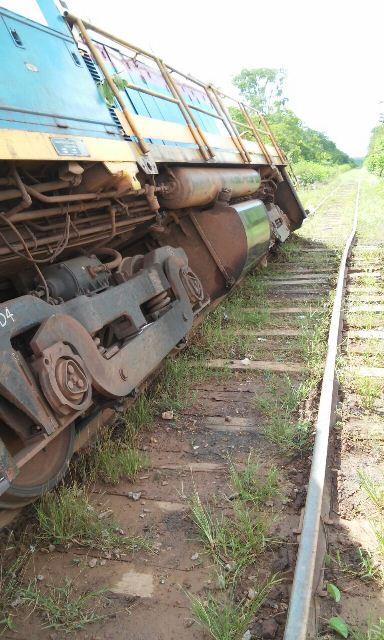 A falta de manutenção da ferrovia causou alguns acidentes