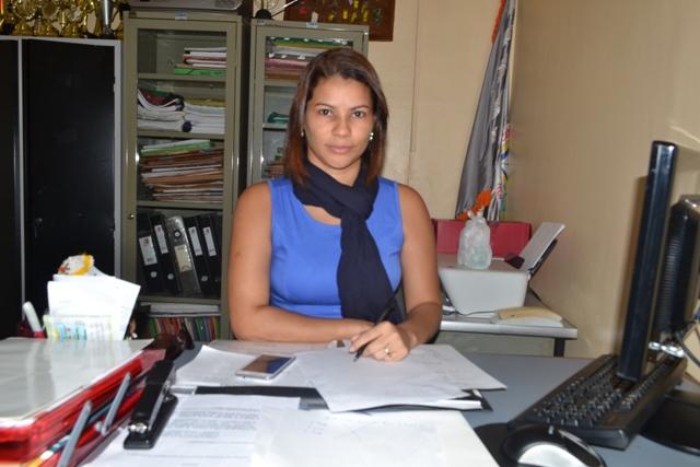 A diretora Andréia Penante: medo de que os assaltos passem para dentro da escola