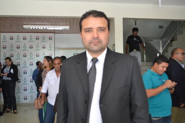 Secretário de Administração da PMM, Carlos Michel Miranda: arrecadação insuficiente